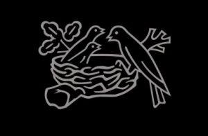 логотип нестльє